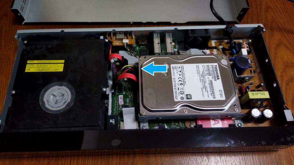 東芝ブルーレイ DBR-T350 HDD SATA コネクタ その1