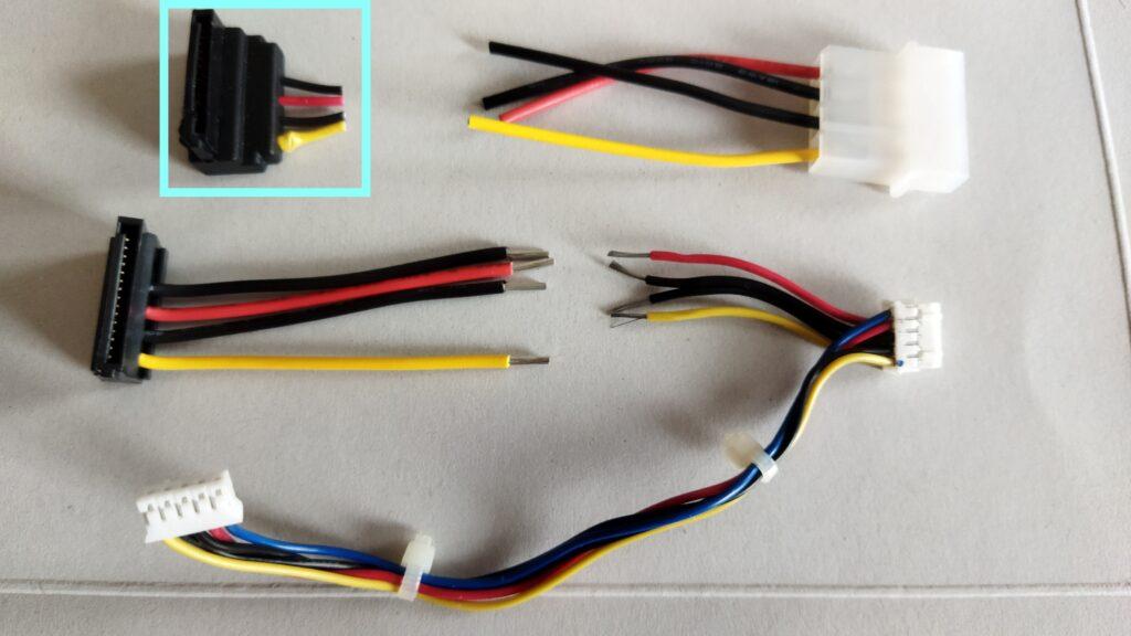 東芝ブルーレイ DBR-T350 HDD SATA コネクタ交換作業 その2